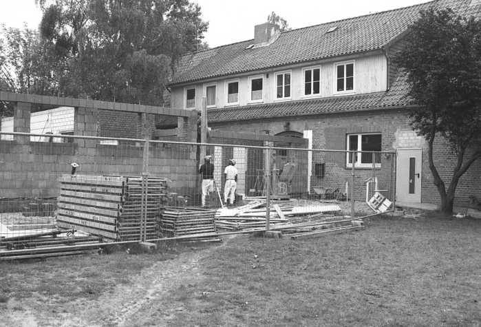 Schulanbau 1993