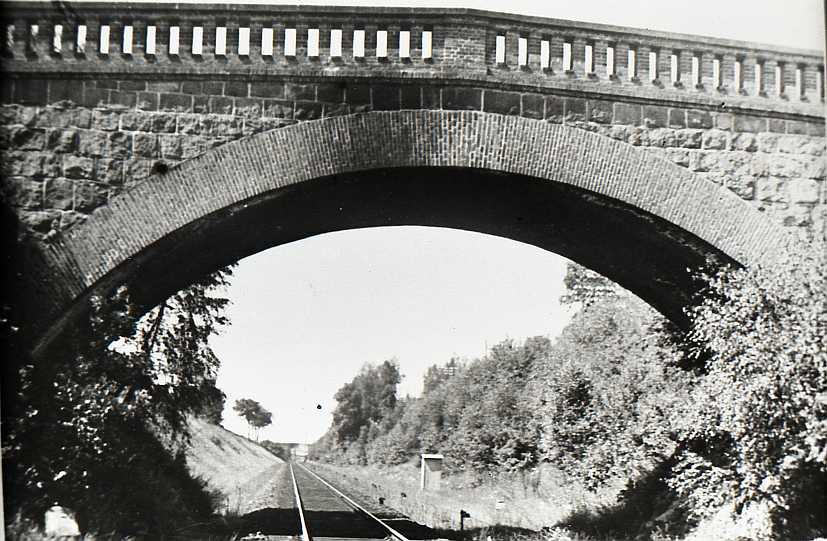 Bahnbrücke alt