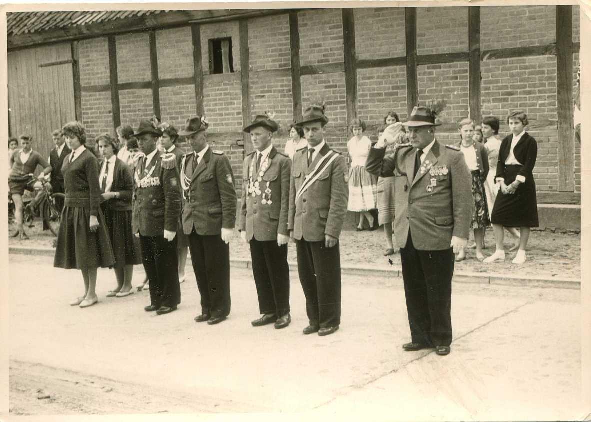 vor Stegens Scheune - ca. 1960