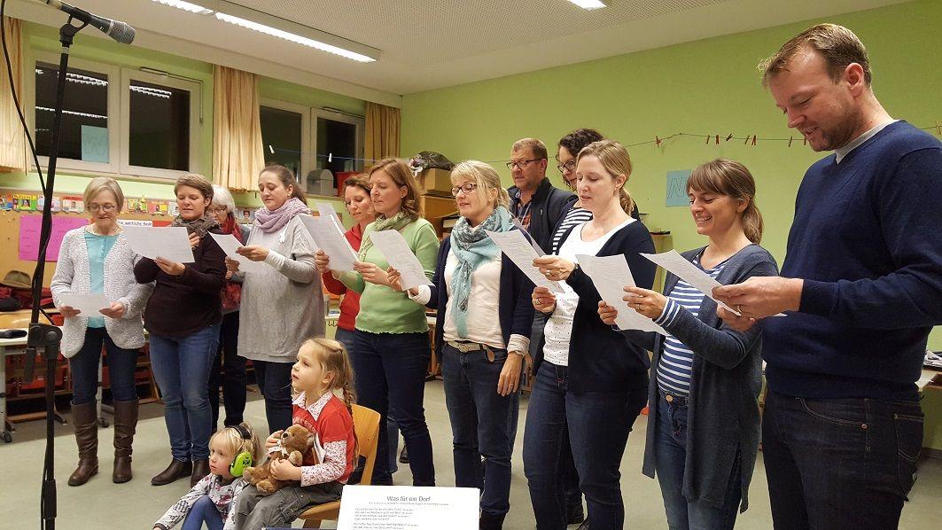 Dorflied wird gesungen